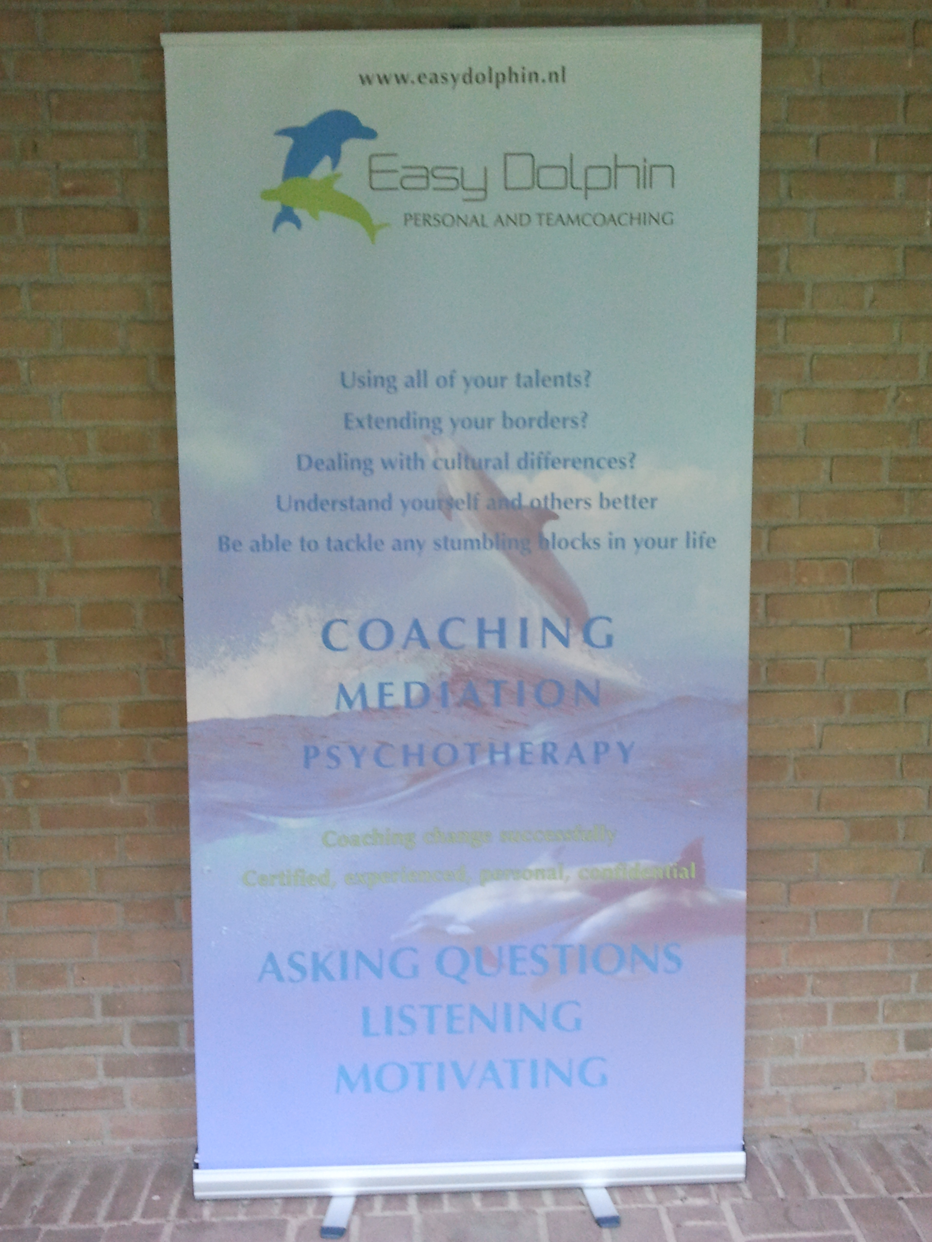banner Easy Dolphin Network